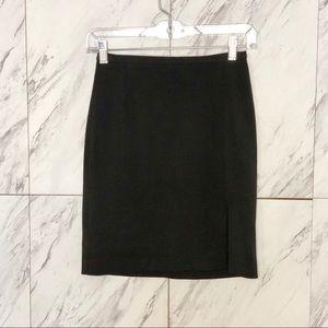 EUC Vertigo Paris Classic Black Career Skirt SZ 2